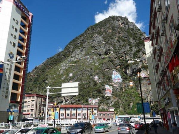 街から見える山