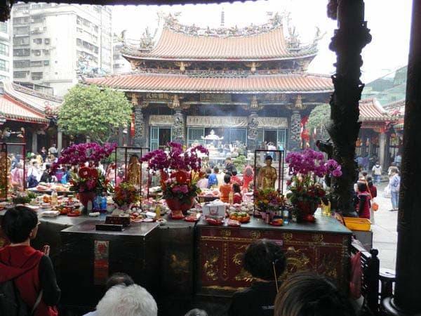 龍山寺メイン