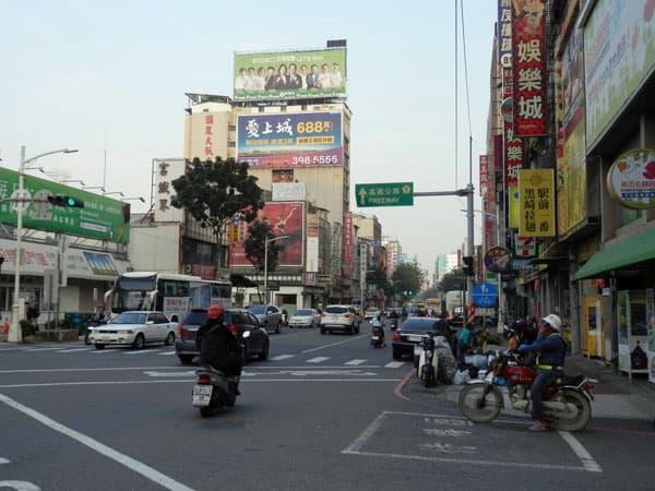 旧高雄駅前