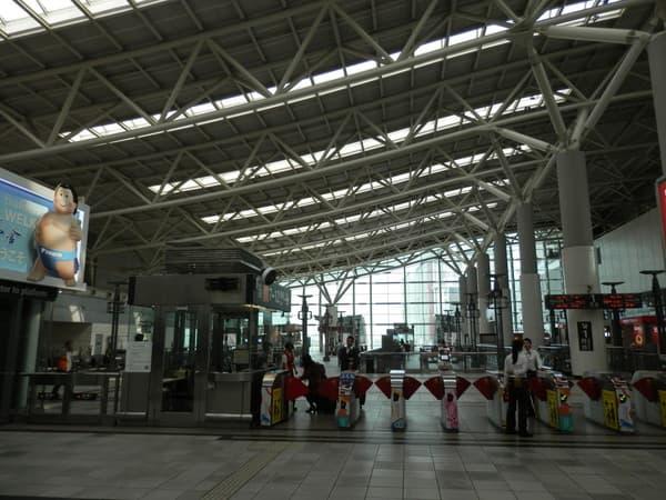 新左営駅3