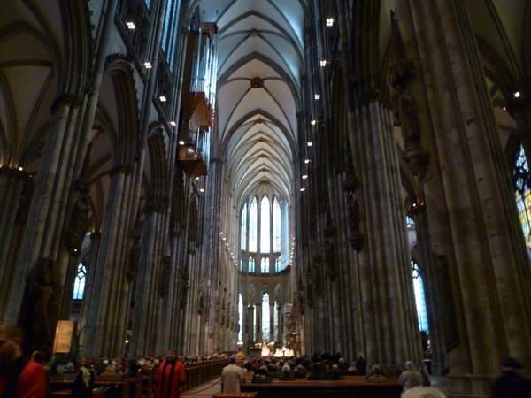 ケルン大聖堂内部