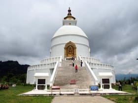 ワールド・ピース・パゴダ--日本山妙法寺(ネパール)