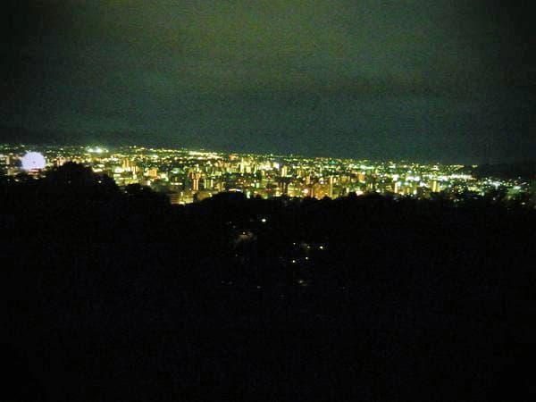 城周辺の夜景