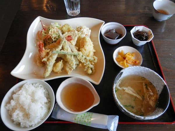 えびと魚の天ぷら定食