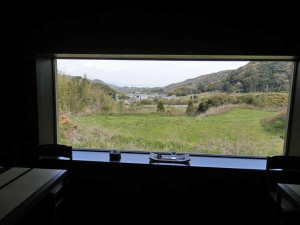 店内窓からの景色