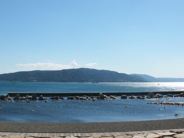 淡路島が見えます