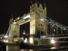 ロンドンタワーブリッジライトアップ