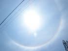 太陽を取巻く虹